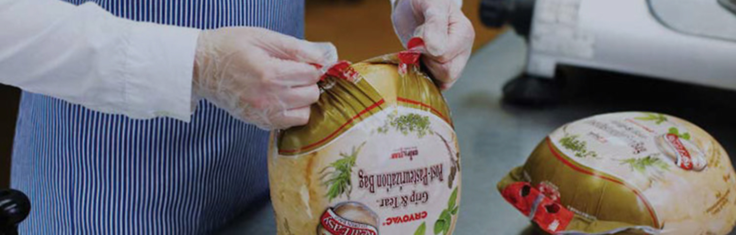Vacuum packaging bags the extend shelf life